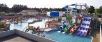 Gave waterglijbanen op camping Club le Trianon - Vendée - ViaLora.nl