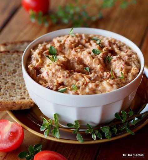 Smaczna Pyza: Jajka. Suszone pomidory. Do chleba. Pasta jajeczna z pomidorami
