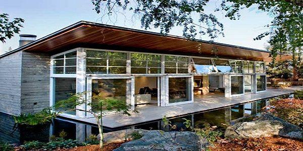 Luxury Peninsula Home Exterior Design