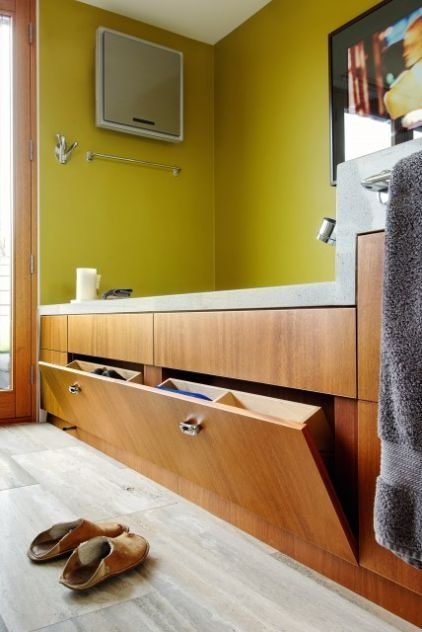 Smart idea for limited space under tub.