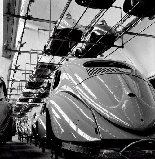 A Snapshot of the VW Beetle Assembly Line • Petrolicious