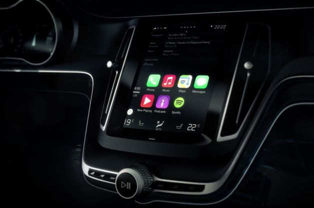 See Volvo's integration of Apple CarPlay in action