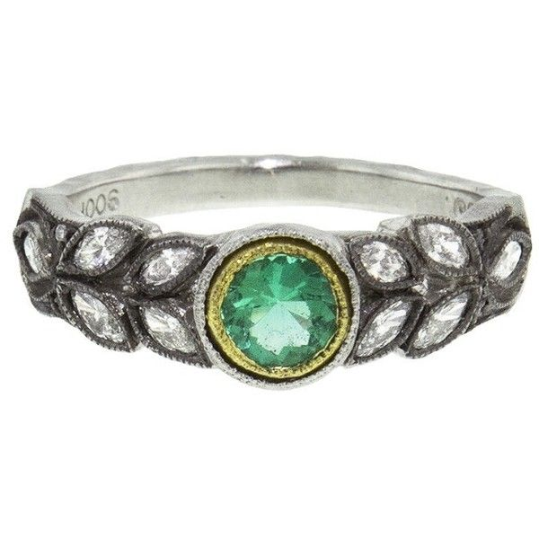 Cathy Waterman Emerald and Diamond Garland Ring - Platinum ($6,080) ❤ liked on Polyvore featuring jewelry, rings, green, leaf diamond ring, round diamond ring, band rings, leaf rings and green emerald ring