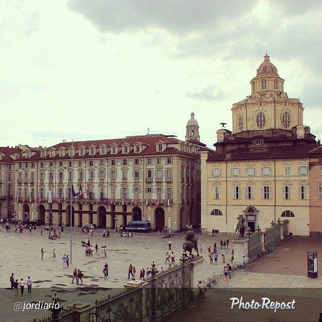#Torino raccontata dai cittadini per #InTO Foto di jordiario: Comincio la settimana come l'instagramer di @cittaditorino ✌️☁️