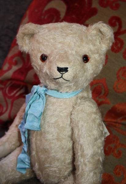 OLD TEDDY BEAR By teddycom.club - Bear Pile