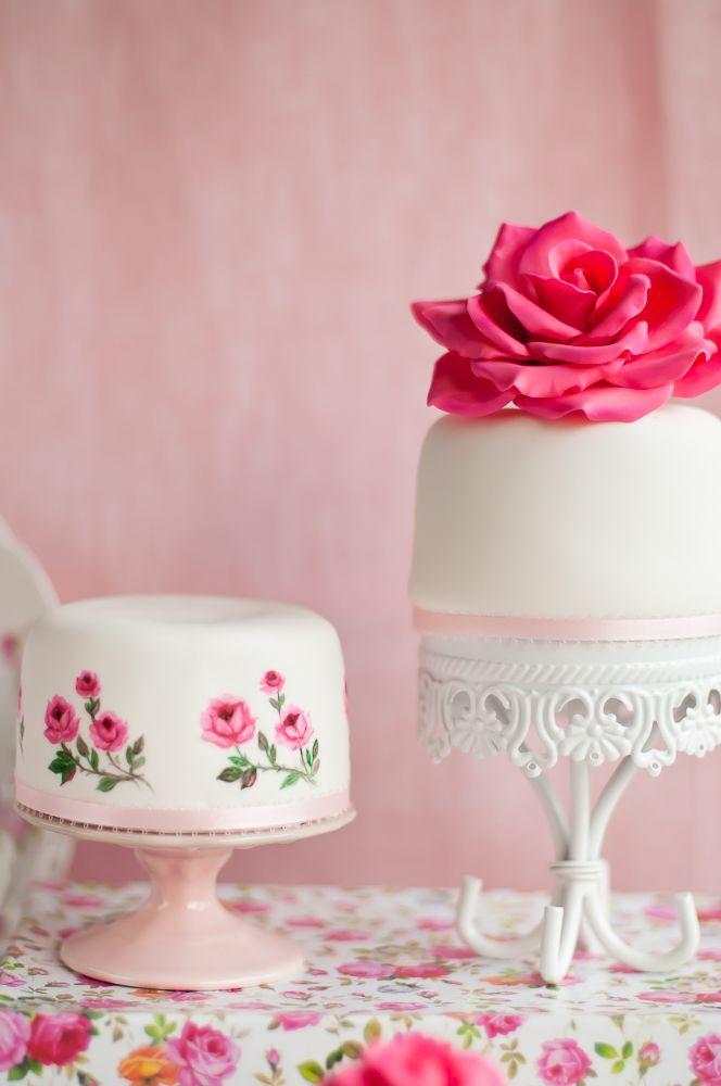 Chocolate Cake: Cakes Desserts, Desserts Table, Roses Cakes, Minis Cakes, Chocolates Cakes, Pretty Cakes, Chocolates Weddings Cakes, Cakes Design, Minis Desserts