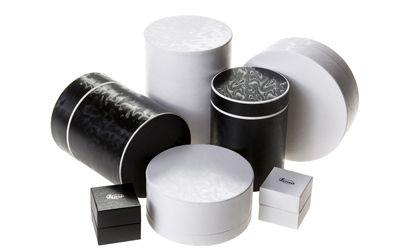 Texturas textiles para embalajes de lujo. Más en http://www.infopack.es/texturas-textiles-para-embalajes-de-lujo/materiales-de-envases/1341