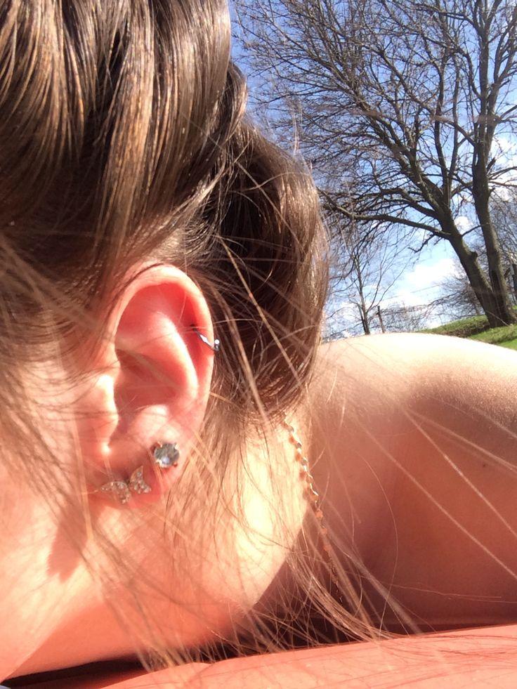 Cartilage blue horseshoe gold & diamond butterfly earrings