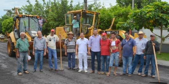 Recape Asfáltico em Paraná do Oeste vai sendo executado com grande rapidez