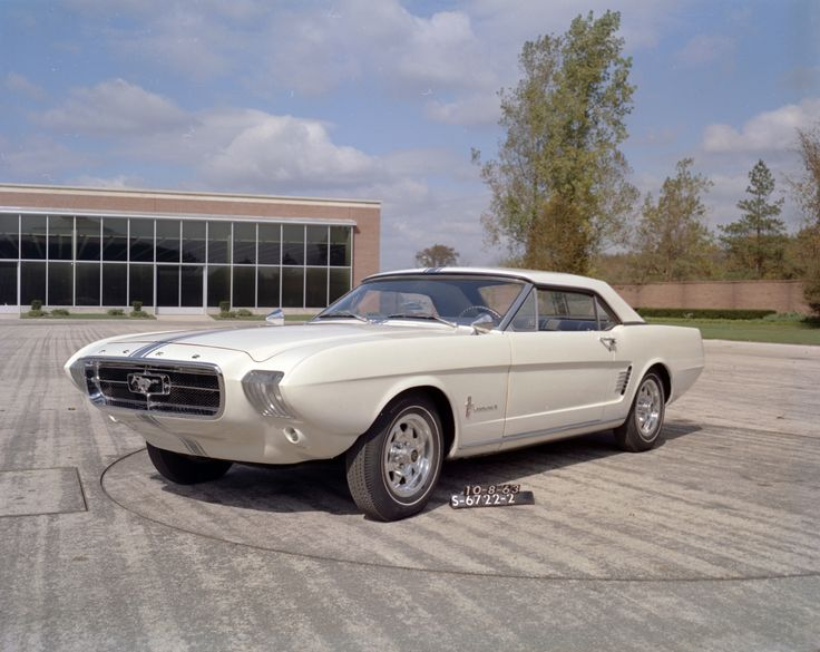1963 Ford Mustang 2