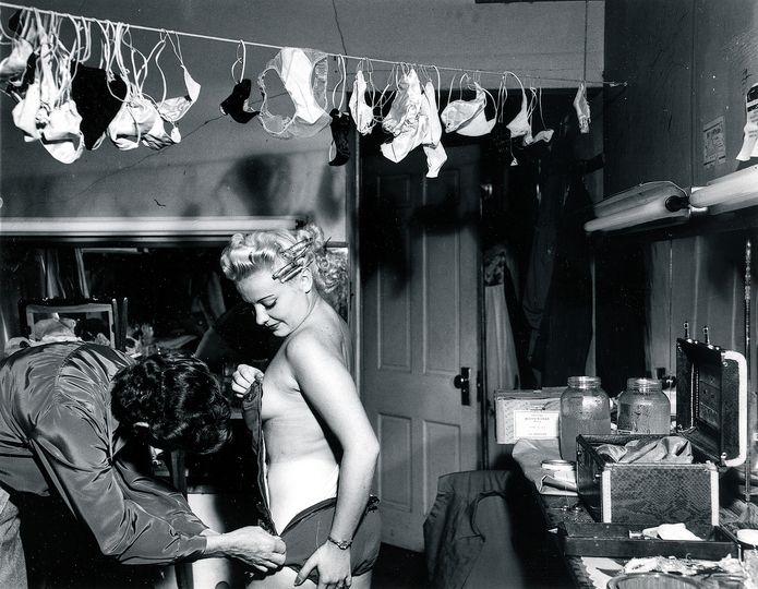 Santana in G-Strings, 1950 © Weegee