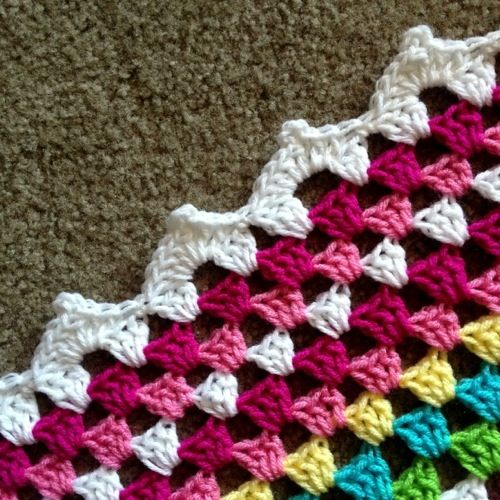 Meringue Edging - Tutorial This edging can be used on a straight DC or a granny edge as in this project. If you're doing a straight DC border, just skip 3 stitches between the shell and the SC like...
