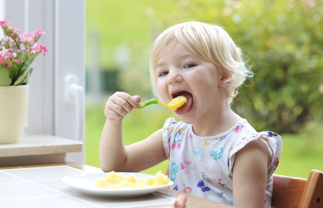 Otizm spektrum bozukluğu olan çocuğunuz için beslenme önerileri