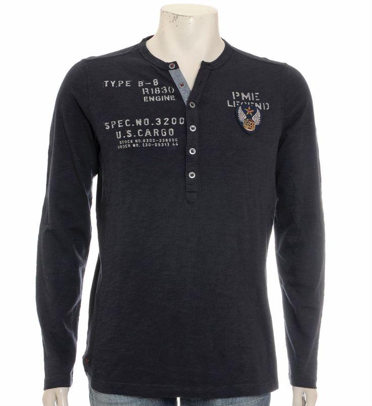 PME Legend t-shirt in een wijder model met een print aan de voorzijde. Dit shirt is voorzien van knoopsluiting bij de hals en lange mouwen - Blauw - NummerZestien.eu