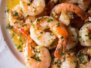 Shrimp Scampi With Garlic, Red Pepper Flakes, and Herbs