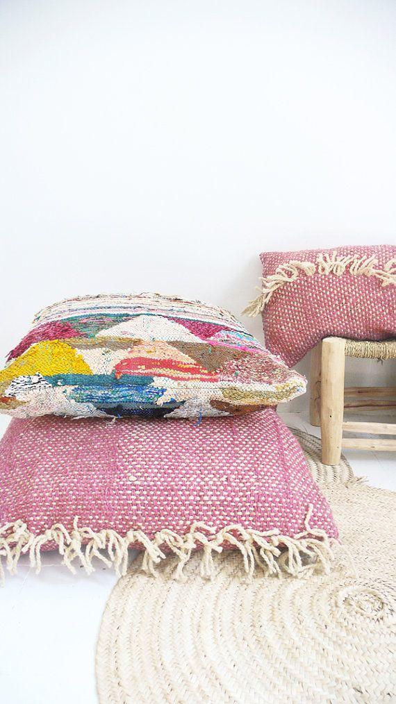 Large Moroccan Kilim Floor Cushion BOUCHEROUITE por lacasadecoto