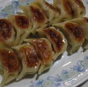 Gyoza gorgeous! Yummy Japanese dumplings and oh so easy http://fresh.co.nz/gyoza/