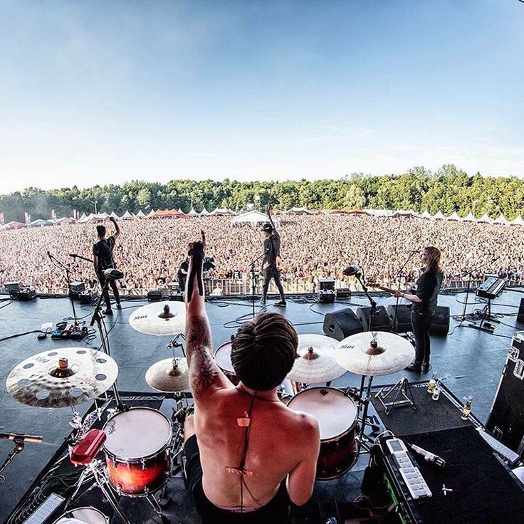 """""""More festivals! We'll be playing Vestrock, Babbels Live Festival and Muziekweekend Pesse. So you know yo!  Pic by Bart Heemskerk"""""""