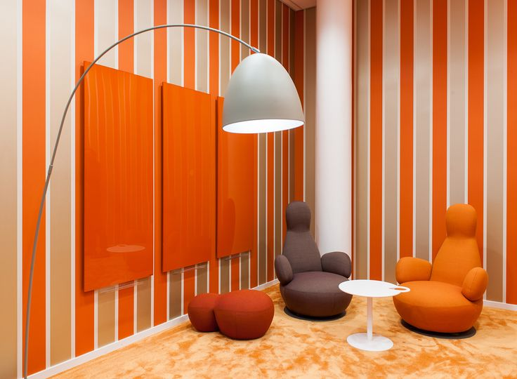 Bold colors at Bisnode as a contrast to the minimalistic