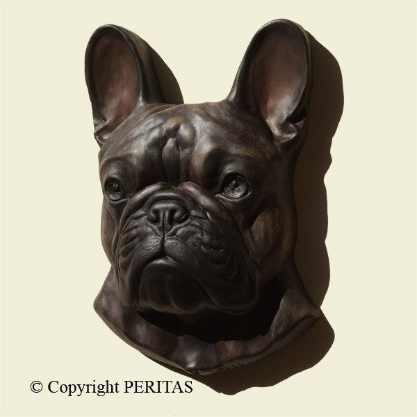 les 25 meilleures id es de la cat gorie statue bouledogue sur pinterest chien bouledogue. Black Bedroom Furniture Sets. Home Design Ideas