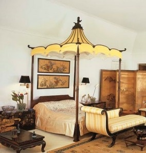 Chinoiserie bedroom at Doris Duke's mansion Rough Point at Newport, Rhode Island, with an early twentieth century George II style chinoiserie bed purchased by Duke in 1942, probably same as the one formerly at Huntland, Virginia, via The Down East Dilettante