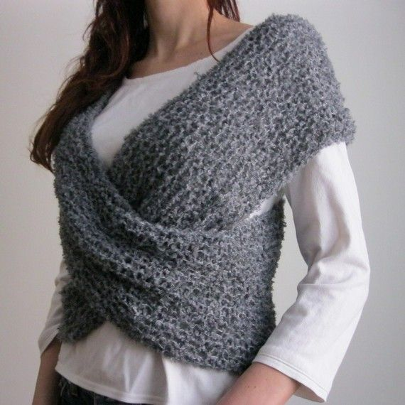 gorgeous wrap around top.  This looks like a quick and easy way to add warmth.