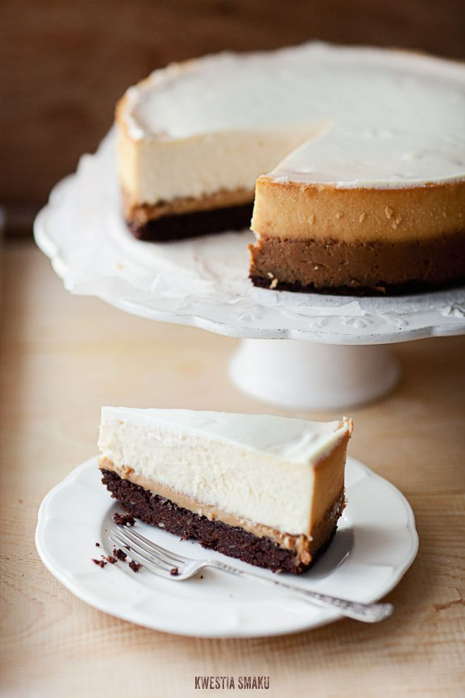 Dulce de leche brownie cheesecake