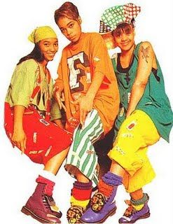 In conjunction with grunge, another fashion trend that was seen in the 1990s was inspired by the influx of hip-hop artists as the sagging-jeans era began in the early 90s and carried through into the 2000s.