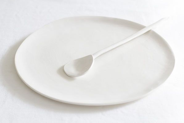 All White Everything | Handmade White ceramic platter and spoon | made by lookslikewhite ceramics | STIL INSPIRATION Great.Ly Boutique #InstantGreatlyMakeover