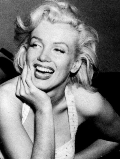 Marilyn Monroe photographed by Bob Beerman, 1953.