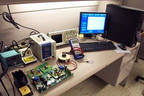 How to set up electronics lab in your home for electronics hobbyists, students, engineers. things to buy for your own homemade electronics laboratory.