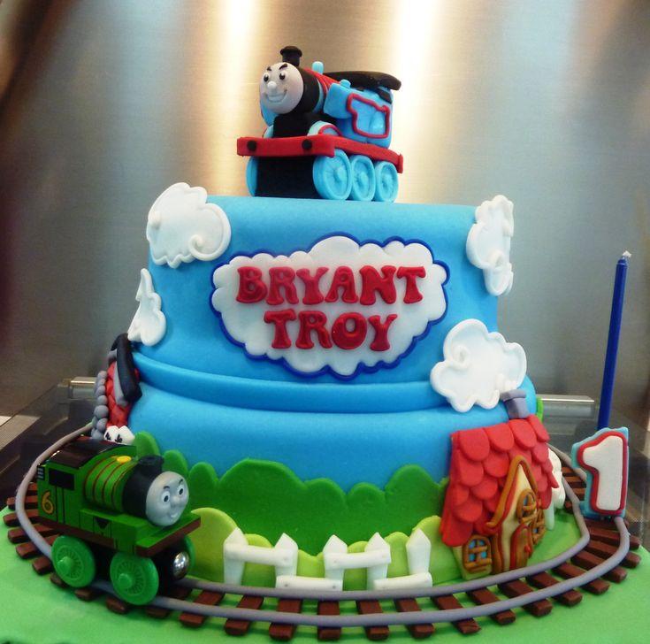 52 best Thomas the Tank Engine Cakes images on Pinterest