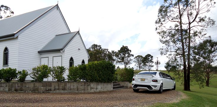 stunning Lovedale Chapel & our HSV stretch limousine!