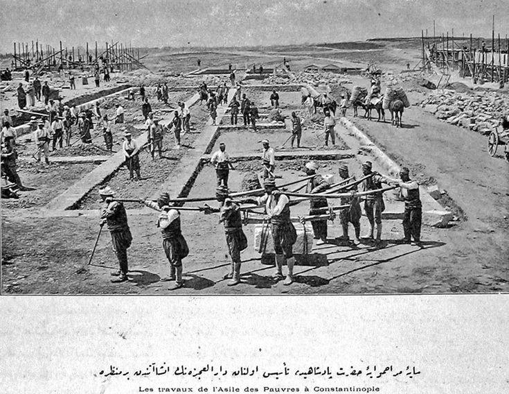 Okmeydanı-ndaki Darülaceze binası yapım çalışmaları devam ediyor.