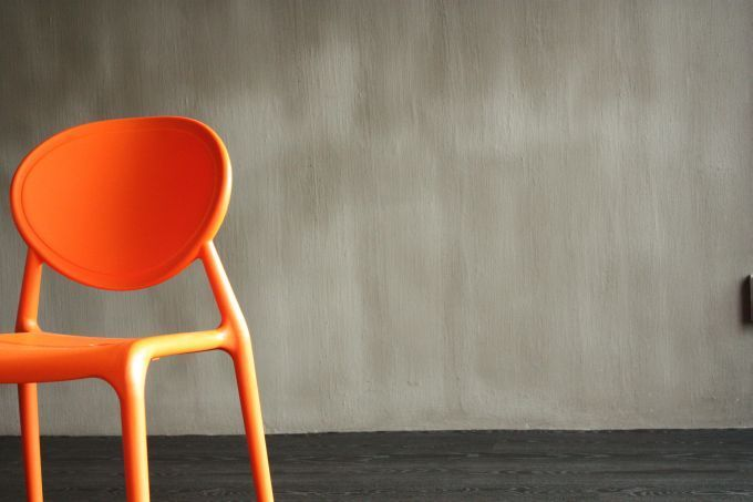 A house wouldn't be a home without its walls. So simply decorating your home with stylish décor and floor coverings just isn't enough. Make sure you have the full package by equipping your home with these elegant cement wall finishes from CemCrete.  CemCrete is a proudly South African company that offers a selection of handy products, from building and art materials, to floor, pool, and wall coatings.