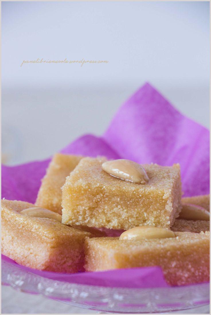 Basbousa - Dolcetti arabi di semolino mandorle e acqua di rose