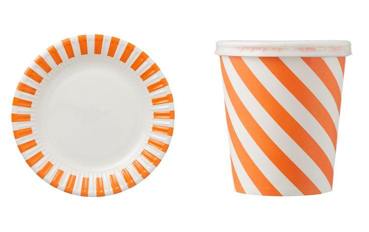 Alle oranje hapjes en drankjes heb je natuurlijk wel oranje servies nodig. Deze zijn van de #Hema. Bekijk de folder van de #Hema via www.Reclamefolder.nl of in onze app!