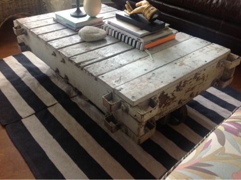 Vintage Industrial RailRoad Cart Coffee table - $500 - The 35 Best Images About Railroad Cart Coffee Table On Pinterest