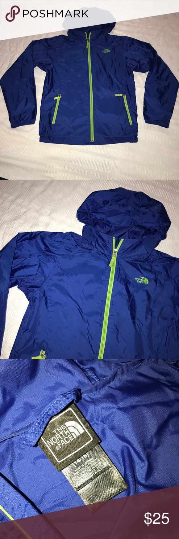 """The North Face hydrenalite windbreaker jacket sz L Nice light weight jacket that comes with a full zip up front, a hood and two side zip pockets. It has been worn before and is still in excellent condition. The chest measurement is 37"""", sleeve length is 23.5"""" and the jacket length is 23"""" The North Face Jackets & Coats"""