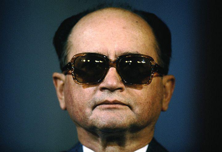 Chris Niedenthal   Generał Wojciech Jaruzelski ogłasza koniec stanu wojennego   1983