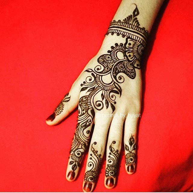 Instagram photo by @mehndi_by_hayat via ink361.com