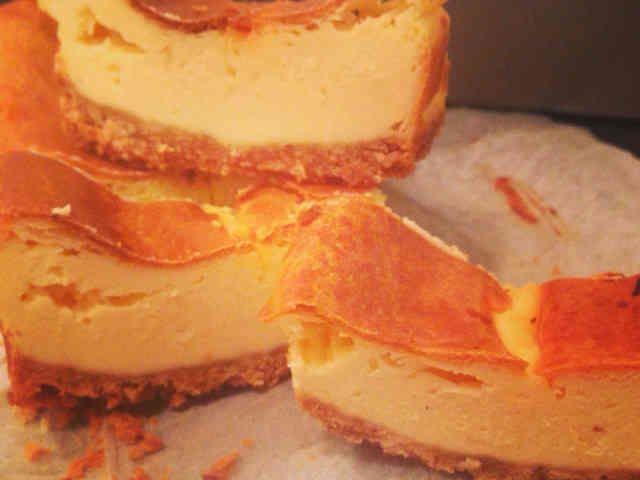 簡単♡やみつき♡濃厚ベイクドチーズケーキ