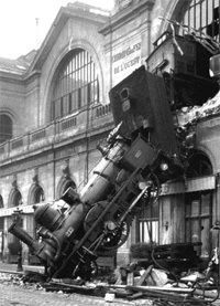 Montparnasse Derailment, Paris, France, 1895: History, 1895, Retro Photos, Training Stations, Trainwreck, Paris Photography, Gare Montparnass, Trains, Training Wreck