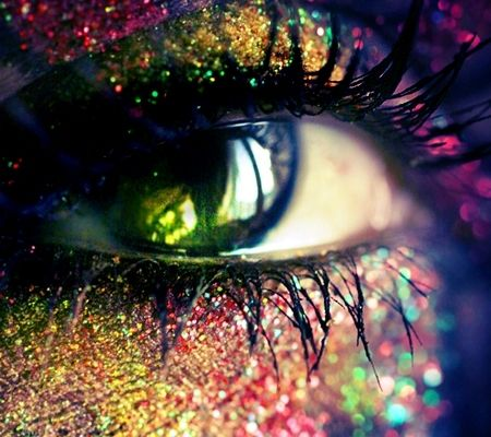 Colorful Makeup | If you guys find any really cool colorful or glitery pictures, just ...