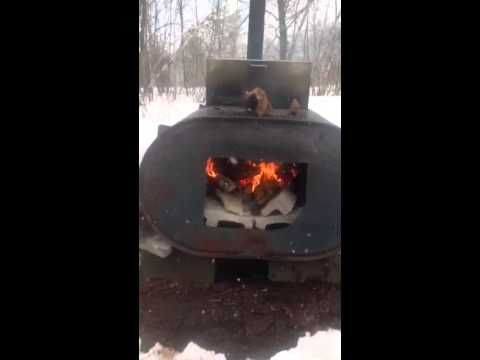 outdoor maple sap / syrup evaporator made from home heating oil tank
