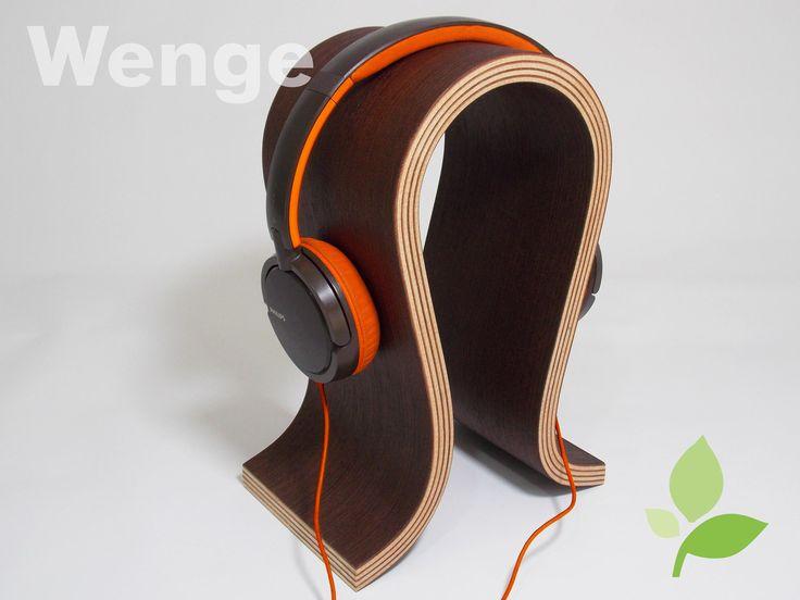 headphone, headset gamer, suporte em madeira. O suporte Pulse com linhas bem definidas para acomodar de forma ideal, exercendo uma pressão uniforme para as almofadas, que irá ajudar a manter a sua forma por muito mais tempo, suportando diversas marcas headphones e headset gamer do marcado.