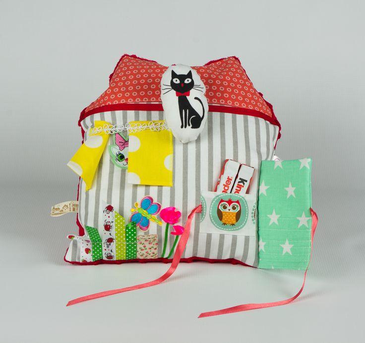 Sensory pillow -Small house. Poduszka sensoryczna - mały domek