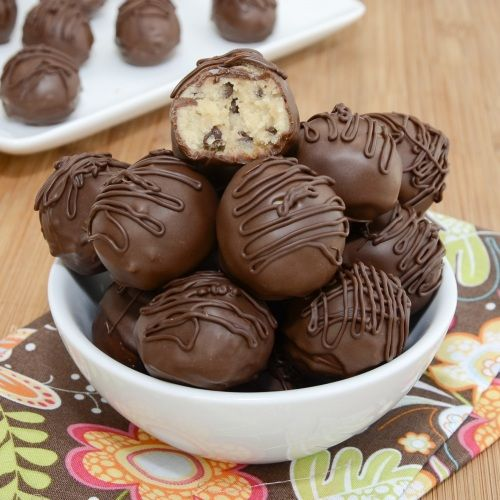 Cookie Dough Truffles!: Baking Desserts, Peas Kitchens, Cookie Dough Truffles, Cravings Sweet, Sweet Treats, Cookies Recipes, Cookies Dough Truffles, Sweet Peas, Delicious Food