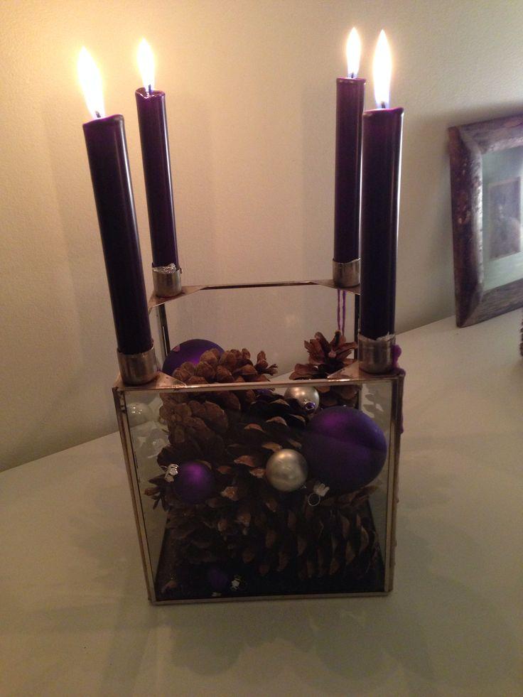 ~Adventsstake med kongler og julekuler ~Christmas decoration