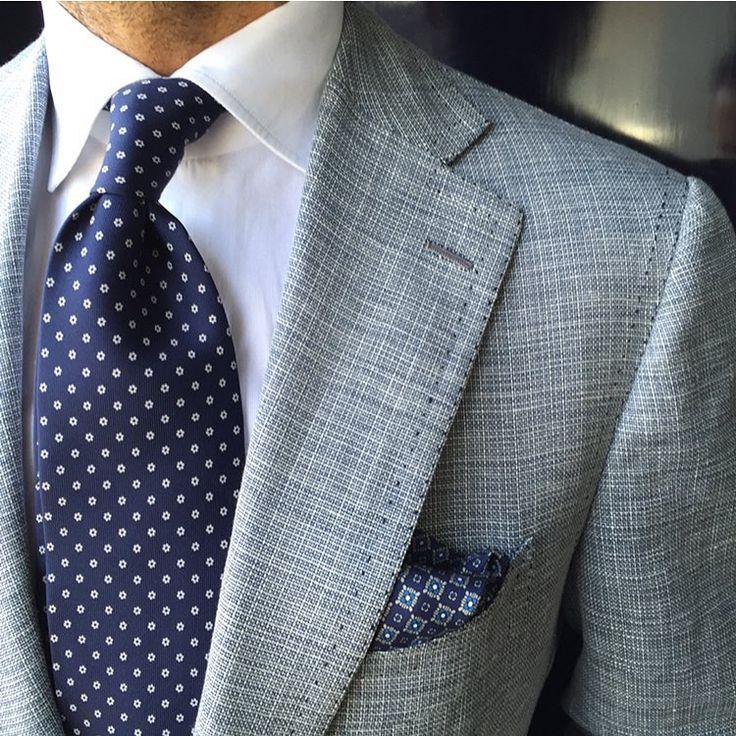 "violamilano: "" Classic Flower 7-fold silk - Navy tie worn by @suitwhisper Shop all handprinted ties & pocket squares online at www.violamilano.com #violamilano #handmade #madeinitaly #luxury..."